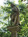 Alej poutní, včetně staveb a soch (Svatý Kopeček), sloup 2 socha.JPG