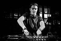 Alesso playing live at Ushuaia Ibiza.jpeg