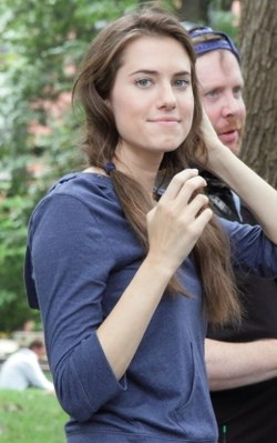 Allison Williams under en intervju i New York 2012.