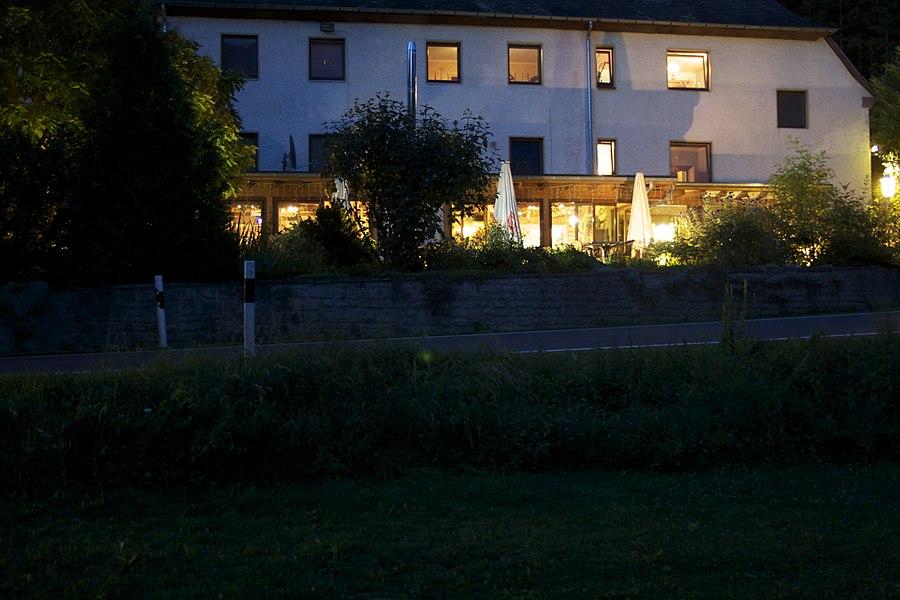 Altes Zollhaus in de avond
