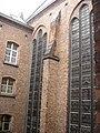 Antwerpen Kapel glasramen buitenkant.jpg