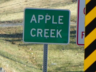 Apple Creek (Mississippi River) - Apple Creek (stream) sign from Highway 61