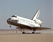 Atlantis lands at the end of STS-61B