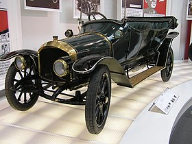 http://upload.wikimedia.org/wikipedia/commons/thumb/8/8e/Audi_Typ_A_22PS.JPG/280px-Audi_Typ_A_22PS.JPG