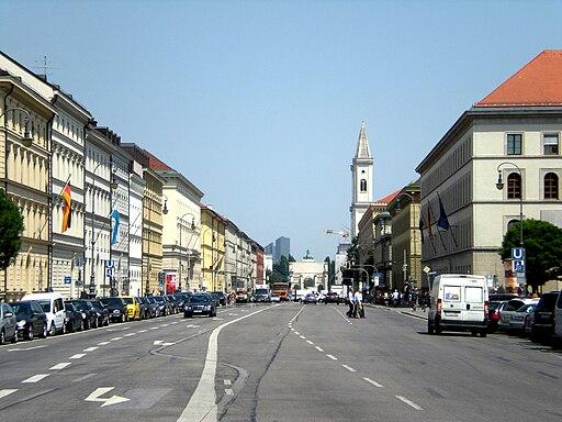 BAVIERA. MÚNICH. Ludwigstrasse desde la Odeonsplatz