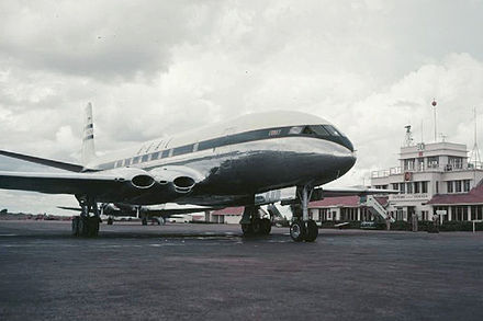 BOAC Comet 1 was the first passenger jet airliner BOAC Comet 1952 Entebbe.jpg
