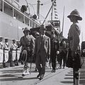 BRITISH HIGH COMMISSIONER ARTHUR WAUCHOPE, REVIEWING AN HONOR GUARD OF BRITISH SOLDIERS, DURING THE OPENING CEREMONY OF THE HAIFA PORT. ארתור ווקוף, הD836-068.jpg