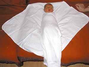 Swaddling (How to)