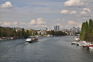 Barge Alaska on the river Seine 004.JPG