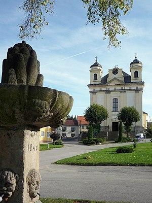 Batelov - Image: Batelov kostel sv. Petra a Pavla