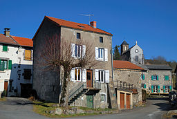 Beaune-le-Chaud village 0802.jpg