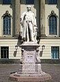 Berlin, Mitte, Humboldt-Universitaet, Standbild Hermann von Helmholtz 04.jpg