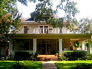 Ewald Max Hoyer - The Bliss-Hoyer House, built by Abel and Nettie Bliss, was later the home of Ewald Max Hoyer.