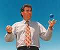 Blumsky juggling.jpg