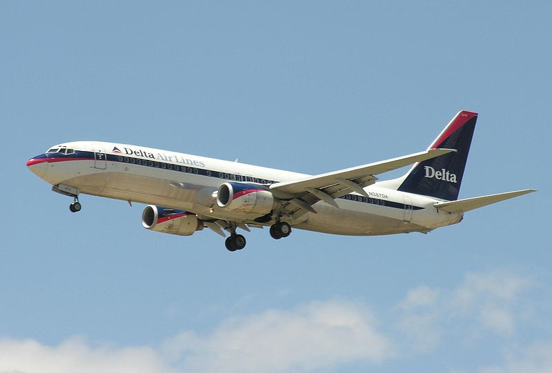 File:Boeing 737 300 plane.jpg