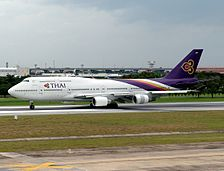 Boeing 747-4D7, Thai Airways International AN0921065.jpg