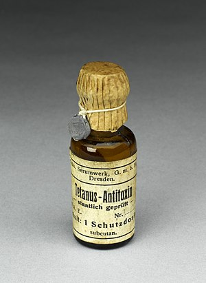 Antitoxin - Image: Bottle of tetanus antitoxin, Germany. Full view, graduated g Wellcome L0058962