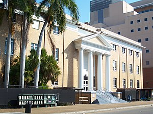 Manatee County Courthouse - Image: Bradenton FL newer county crths 01