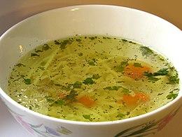 bouillon soep maken met bouillonblokjes