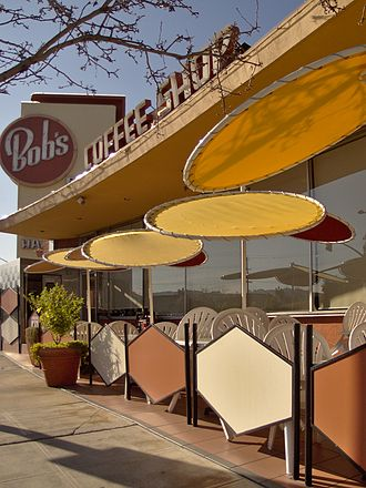 Googie architecture - Patio tables at the Bob's Big Boy restaurant in Burbank, California