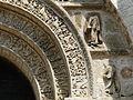 Bussière-Badil église portail détail (4).JPG