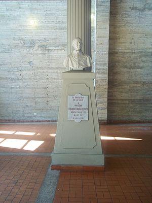 La Salle University, Colombia - Monseñor Herrera's bust inside the Star chapel