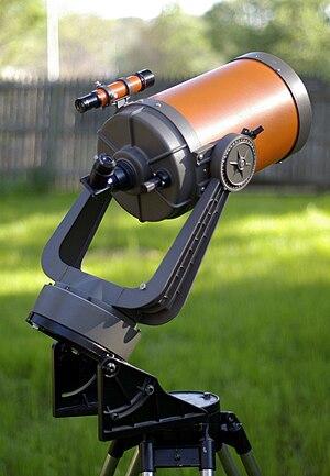 "Celestron - A vintage 1970s ""orange tube"" Celestron C8 telescope"