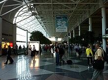 Charlotte Douglas International Airport - Wikipedia