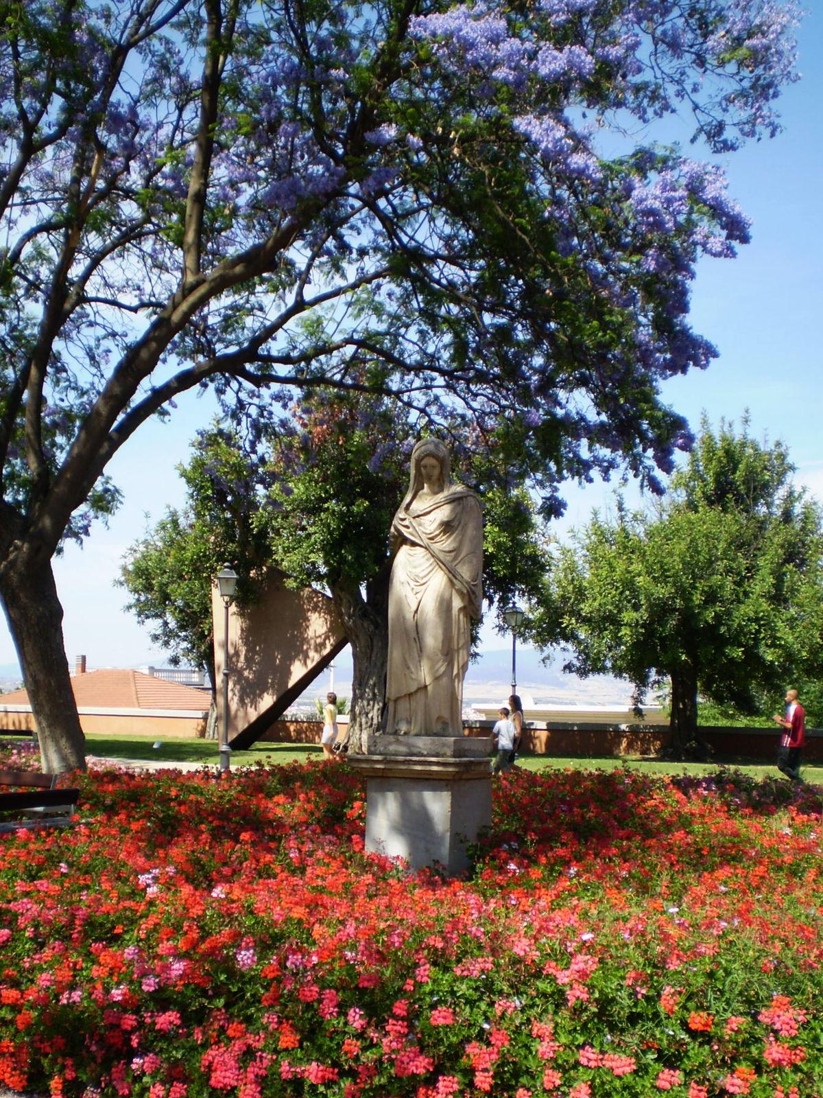 Giardini pubblici di Cagliari - Wikipedia