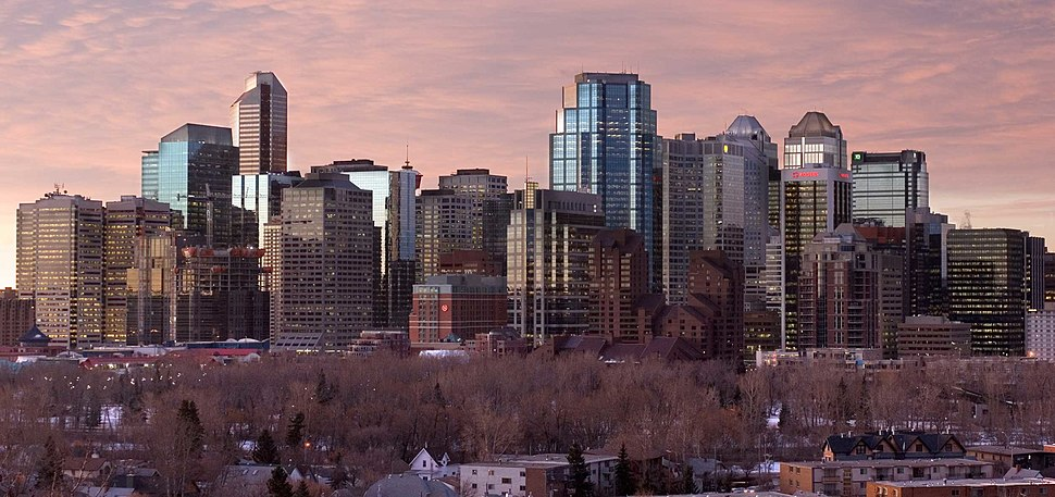  Calgary at dawn, in March 2007, looking south from Crescent Road. 