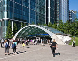 Canary Wharf Tube Station - julio 2009.jpg