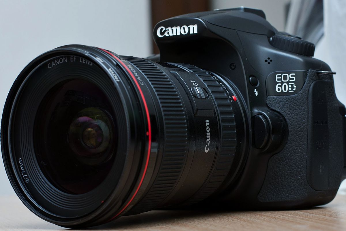 Canon EOS 60D - Wikipe...