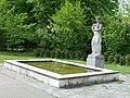 Carl Gutknecht (1878–1970) Bildhauer, Brunnen Skulptur von 1956, Friedhof am Hörnli (1).jpg