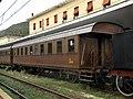 Cassino - stazione ferroviaria - carrozza BT 46.000.jpg