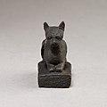 Cat on base inscribed for Bastet and an offerer MET 04.2.476 EGDP014452.jpg