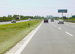 Expressways of China - Combined G4/G5 (formerly, G030)  (Jingshi Expressway section) after Zhaoxindian/Changxindian exit (Early July 2004 image)
