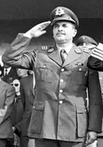 César Mendoza - César Mendoza