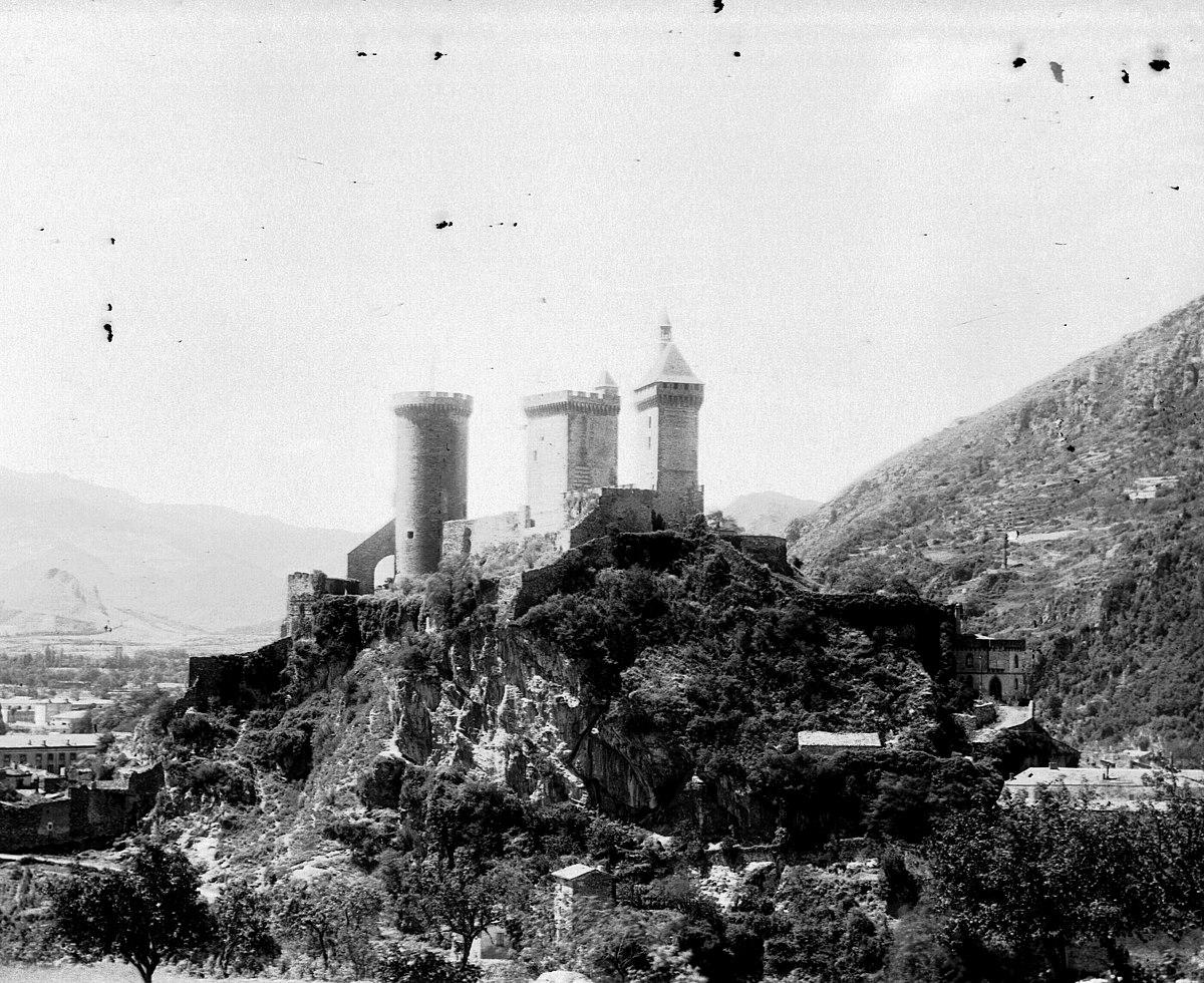 Architecte Paysagiste Midi Pyrénées file:château de foix (8056082079) - wikimedia commons