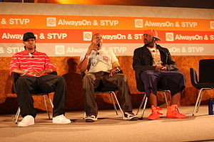 Chamillionaire - (left to right) Chamillionaire, MC Hammer and Mistah F.A.B. at TechCrunch in 2008.