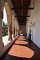 Chiostro gotico convento dell'Annunciata di Medole.jpg