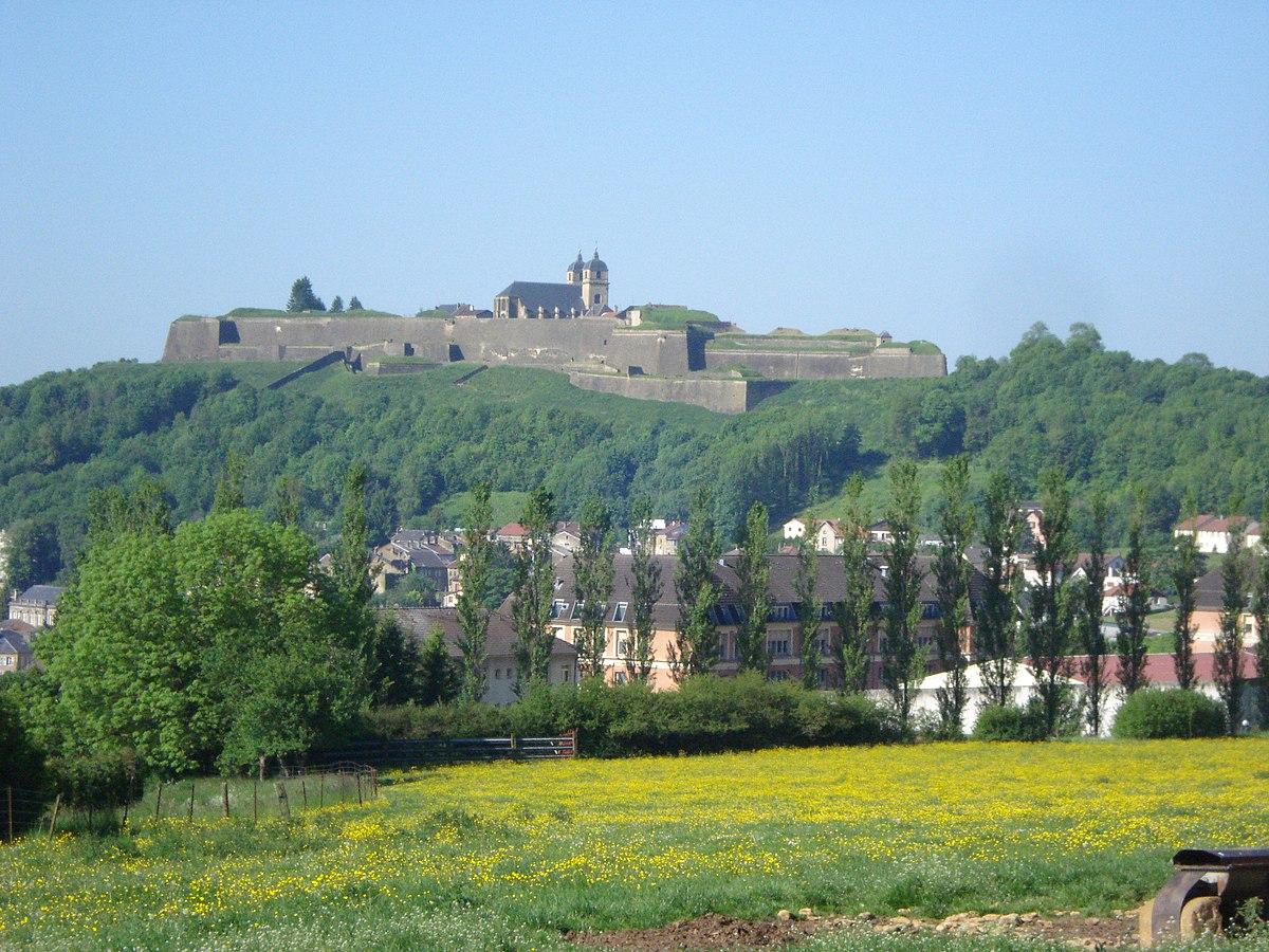 """Résultat de recherche d'images pour """"citadelle de Montmédy"""""""