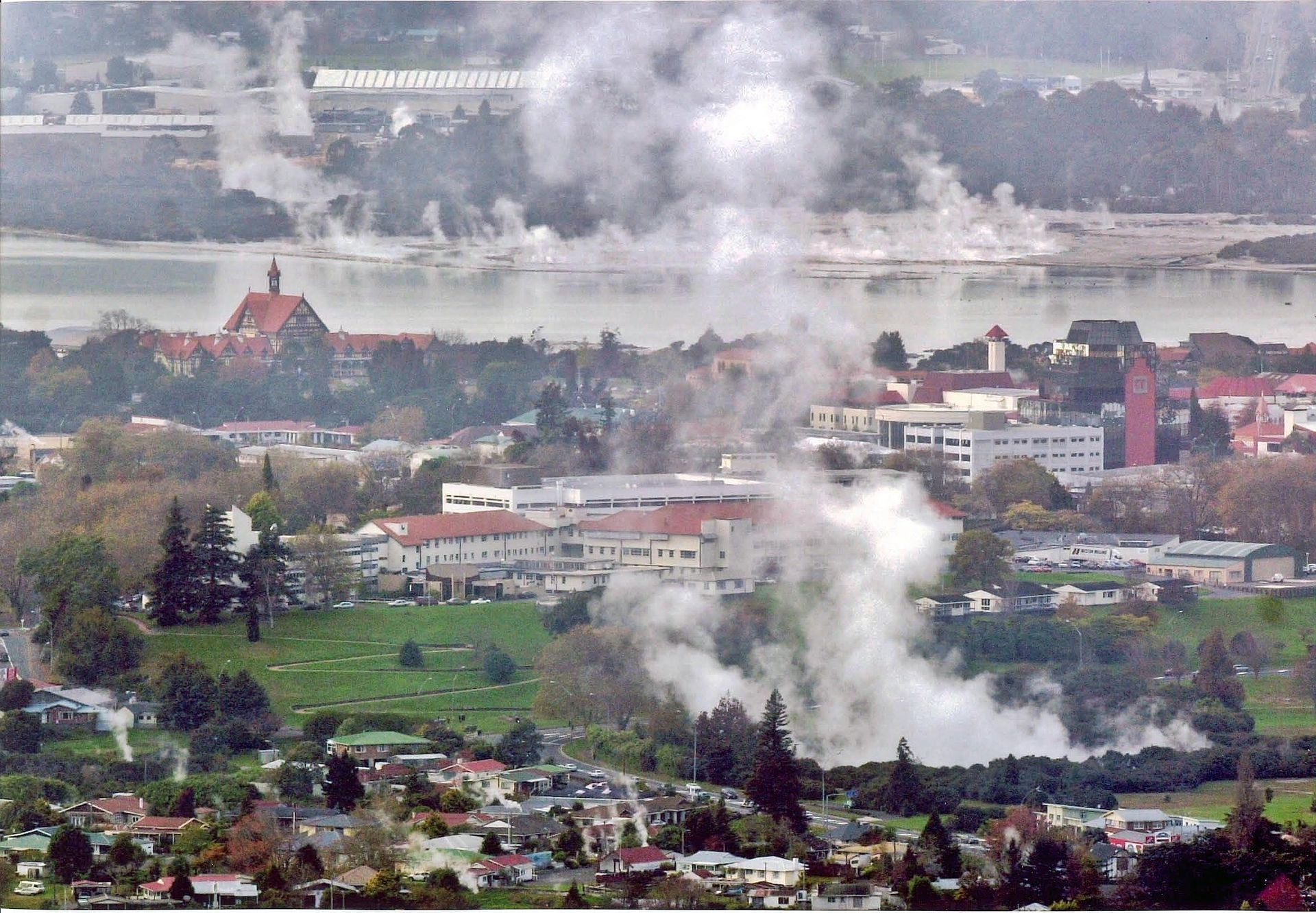 Pay Here Buy Here >> Rotorua – Travel guide at Wikivoyage