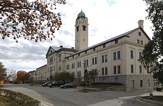 Fort Leavenworth - Image: Clocktower Sherman Grant Sheridan Halls Nov 2002 0056