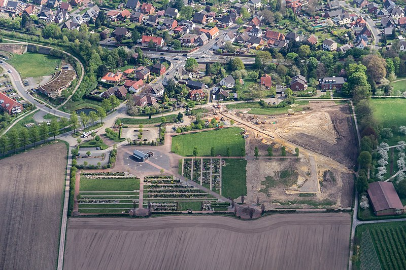"File:Coesfeld, Friedhof ""An der Marienburg"" -- 2014 -- 7653.jpg"