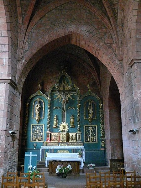 File:Collonges-la-Rouge - Église Saint-Pierre - 10.jpg