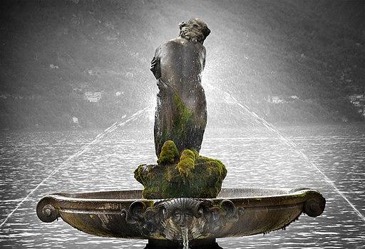 Seductora realidad, Agua sin límites en Como.