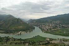 222px-Confluence_of_the_Aragvi_and_Kura_%28Mtkvari%29_rivers از حقایقی تاریخی تا اطلاعات فرهنگی درباره گرجستان
