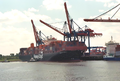 Container ship Shanghai Express at Container Terminal Hamburg-Altenwerder.png