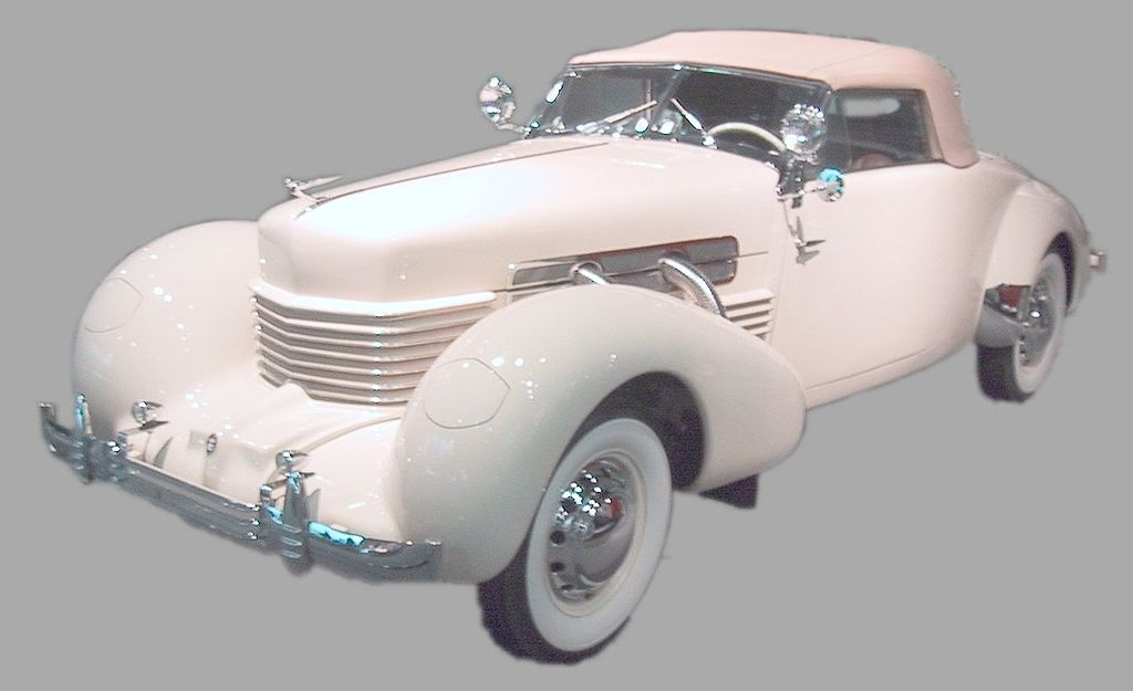 1024px-Cord_Front_Drive_Model_812_%281937%29.jpg
