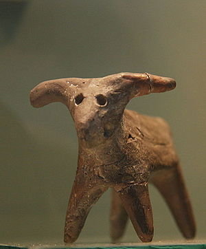 "Romania in Antiquity - A zoomorphic ""Cucuteni-Trypillian"" figurine"